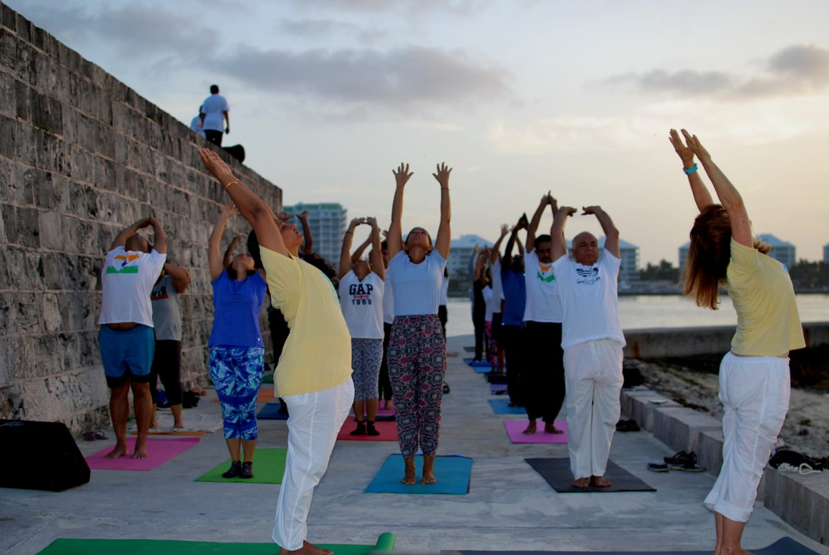 India In Jamaica On Twitter The 5th International Day Of Yoga Was Organized In Nassau Bahamas By The Indian Community Association In Collaboration With Local Yoga Institutes The Yoga Session Was Conducted