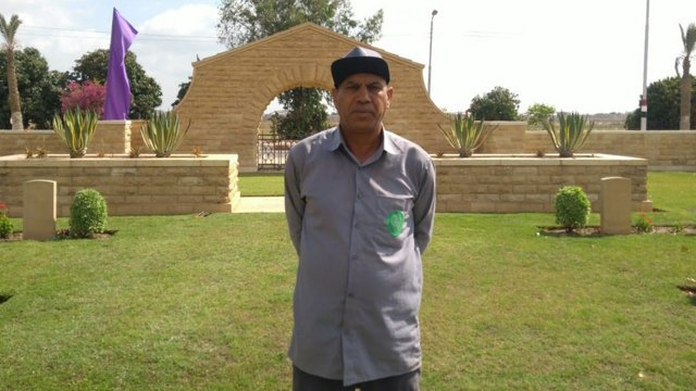 ICYMI: In the latest @CWGC blog we hear the story of gardener Adel Abdel Azeem, who is based in Egypt and has served the Commission for 25 years in a cemetery standing in an active military base. Make sure to read the blog, here: ow.ly/23mL50uLlHE #CWGCblog #WeAreCWGC