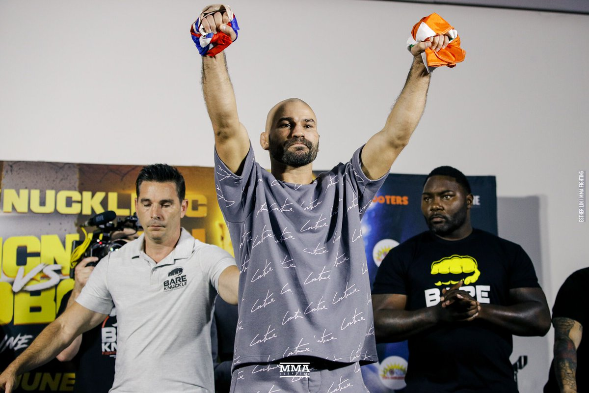 Here are the passes and fails from #UFCGreenville,  #BellatorLondon and #BKFC6 in the latest addition of Making the Grade https://www.mmafighting.com/2019/6/24/18715197/making-the-grade-ufc-greenville-bellator-london-and-bkfc-6?utm_campaign=damonmartin&utm_content=chorus&utm_medium=social&utm_source=twitter…