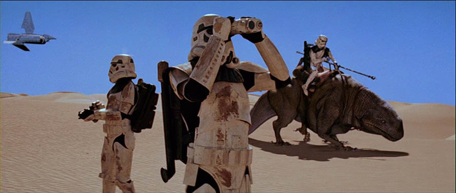 Trying to avoid sand this summer vacation? We've got just the quiz for you! Find out what Star Wars activity you should do this summer: strw.rs/6014ESbXn