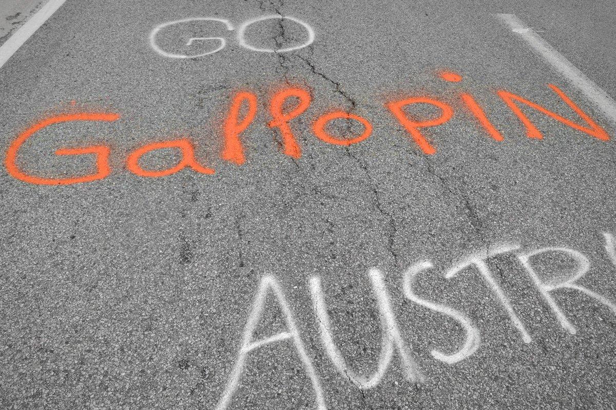 road_paint photo
