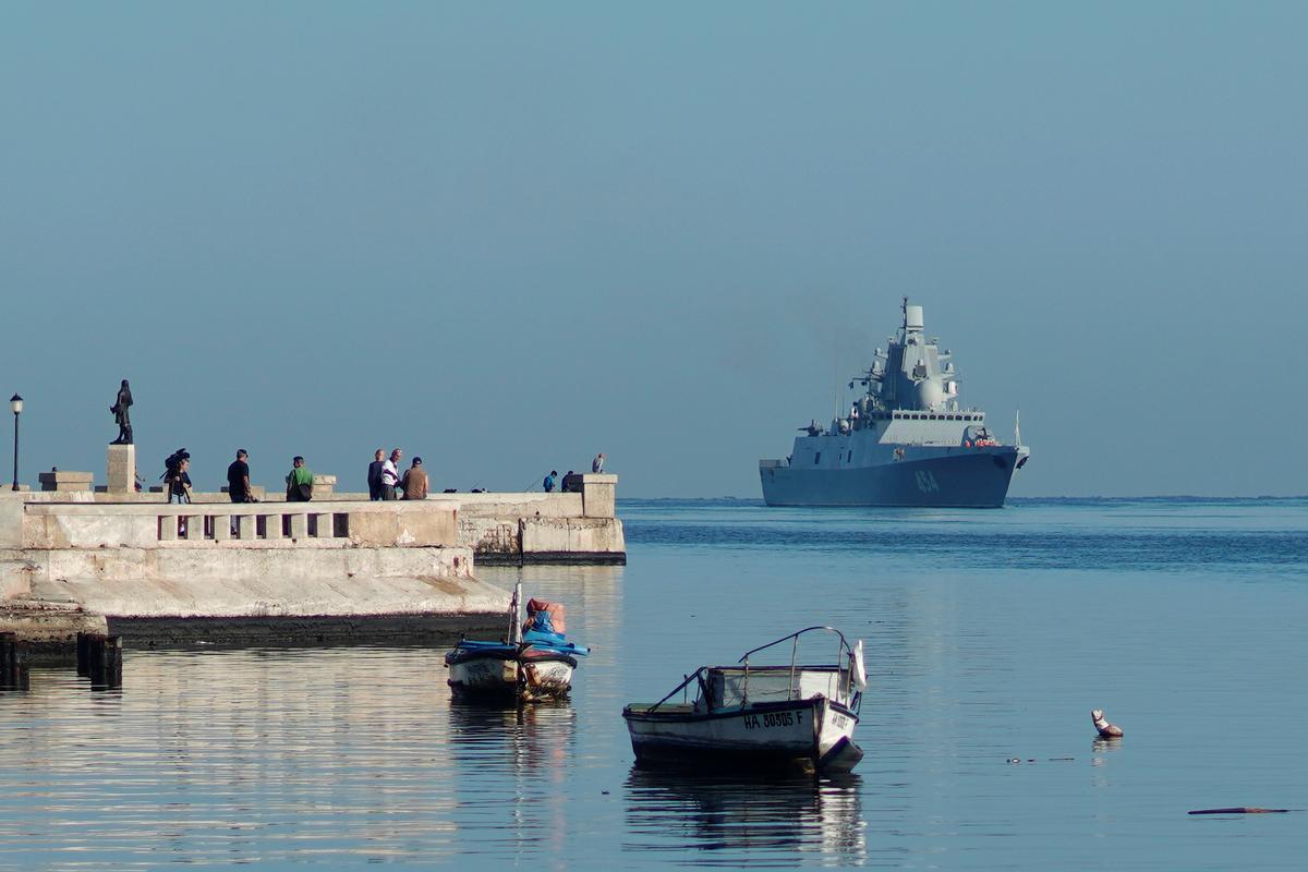 Project 22350: Admiral Sergei Gorshkov #2 - Page 17 D91qkMgWkAAVprl