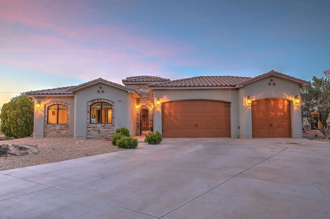 Tricia Bartolotta would love to show you the #listing at 89 Rancho Pequenos Way NW #Albuquerque #NM  #realestate http://tour.circlepix.com/home/F6M32A
