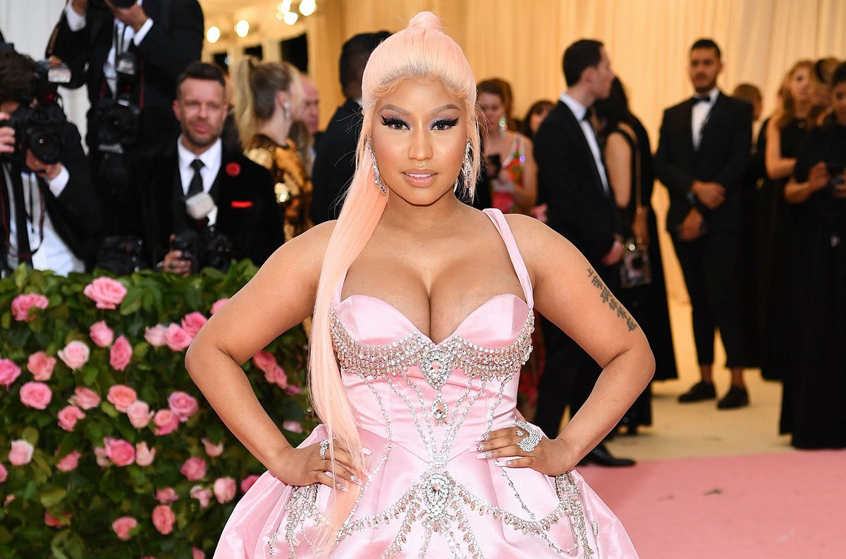 .@NICKIMINAJ gets candid about all things #Megatron & her fiance in Twitter Q&A https://blbrd.cm/hFdmuM