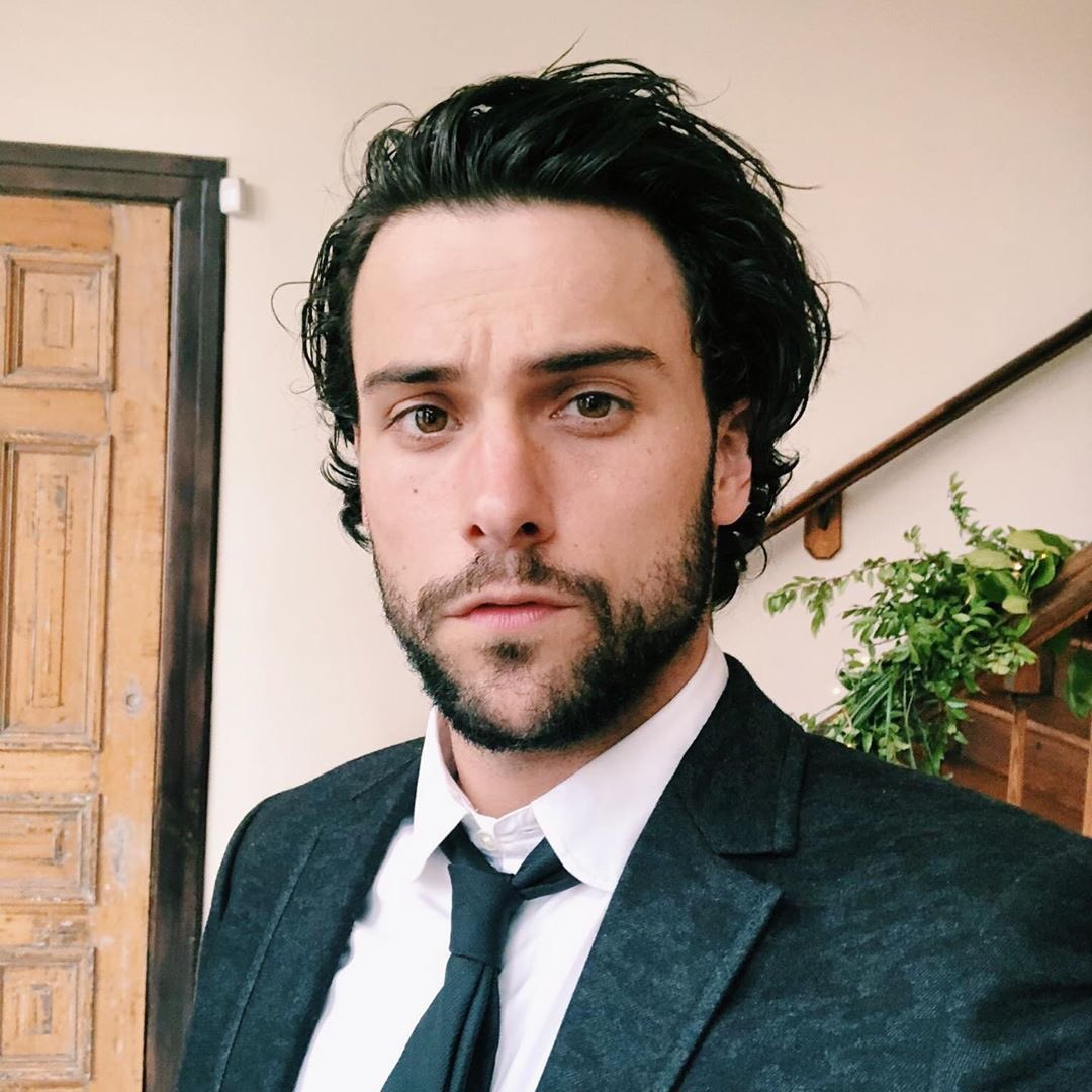 we love a man who can do both  @RestingPlatypus<br>http://pic.twitter.com/07288KtE13