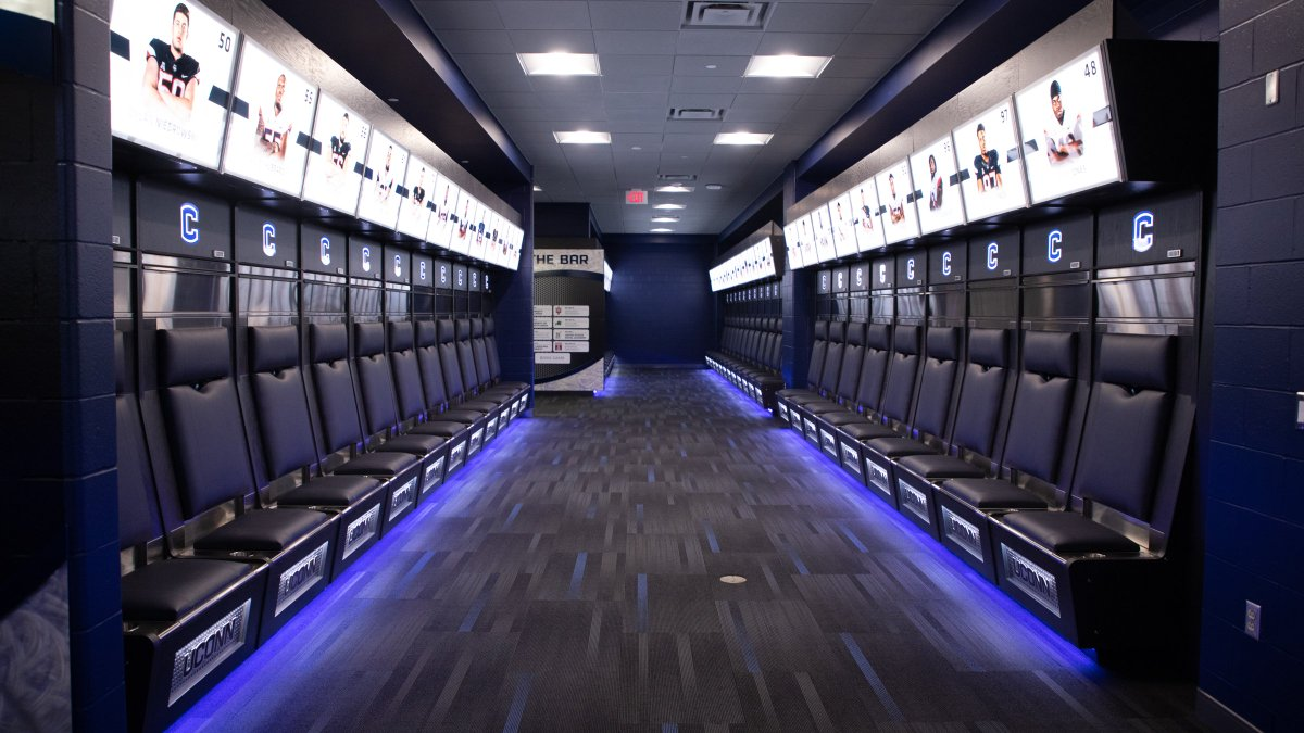 Uconn S New Locker Room Cougar Football Coogfans