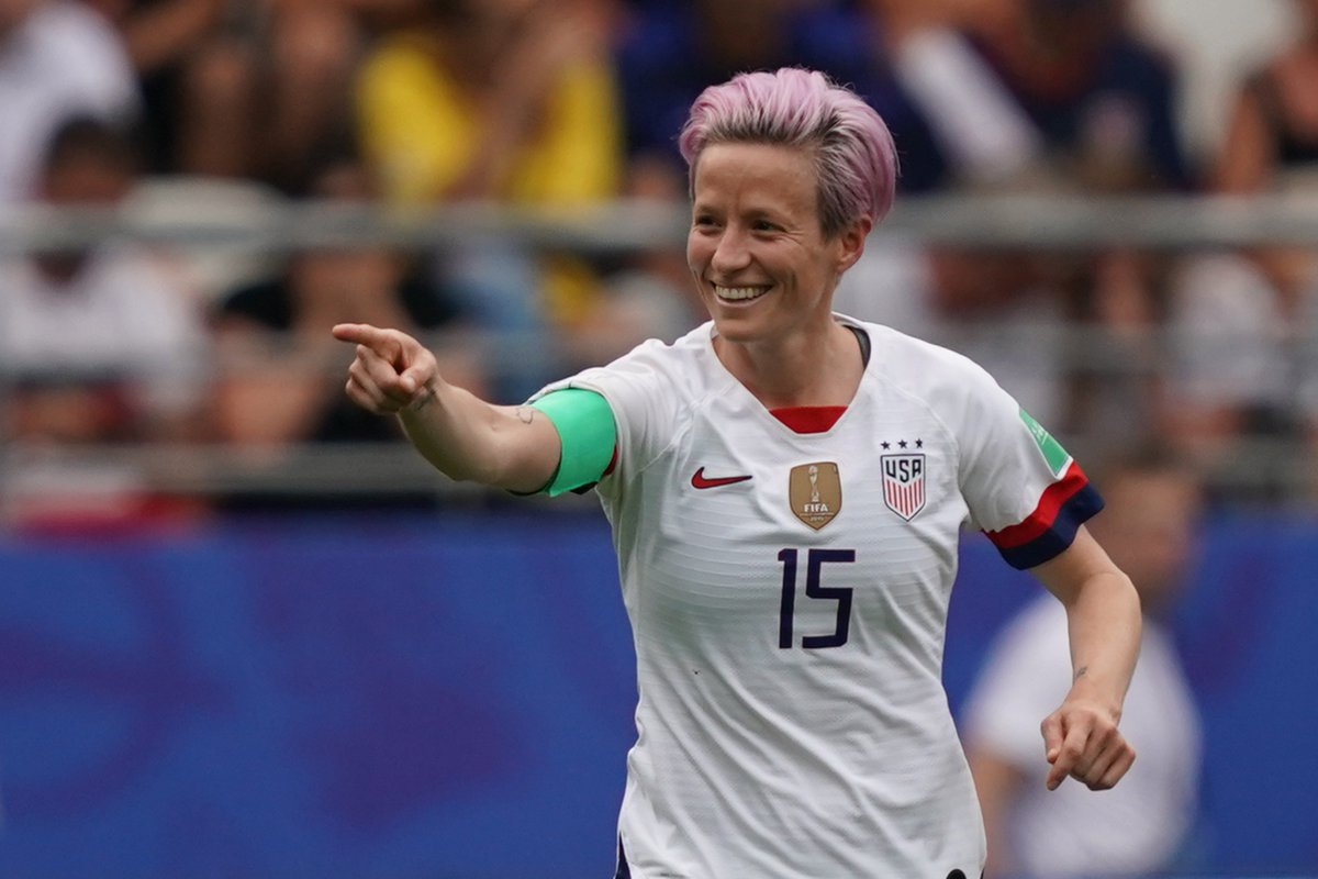 Two Megan Rapinoe penalties saw the USA reach the Women's World Cup quarterfinals with a narrow victory over Spain: https://cnn.it/2RuOu02  #FIFAWWC #USA