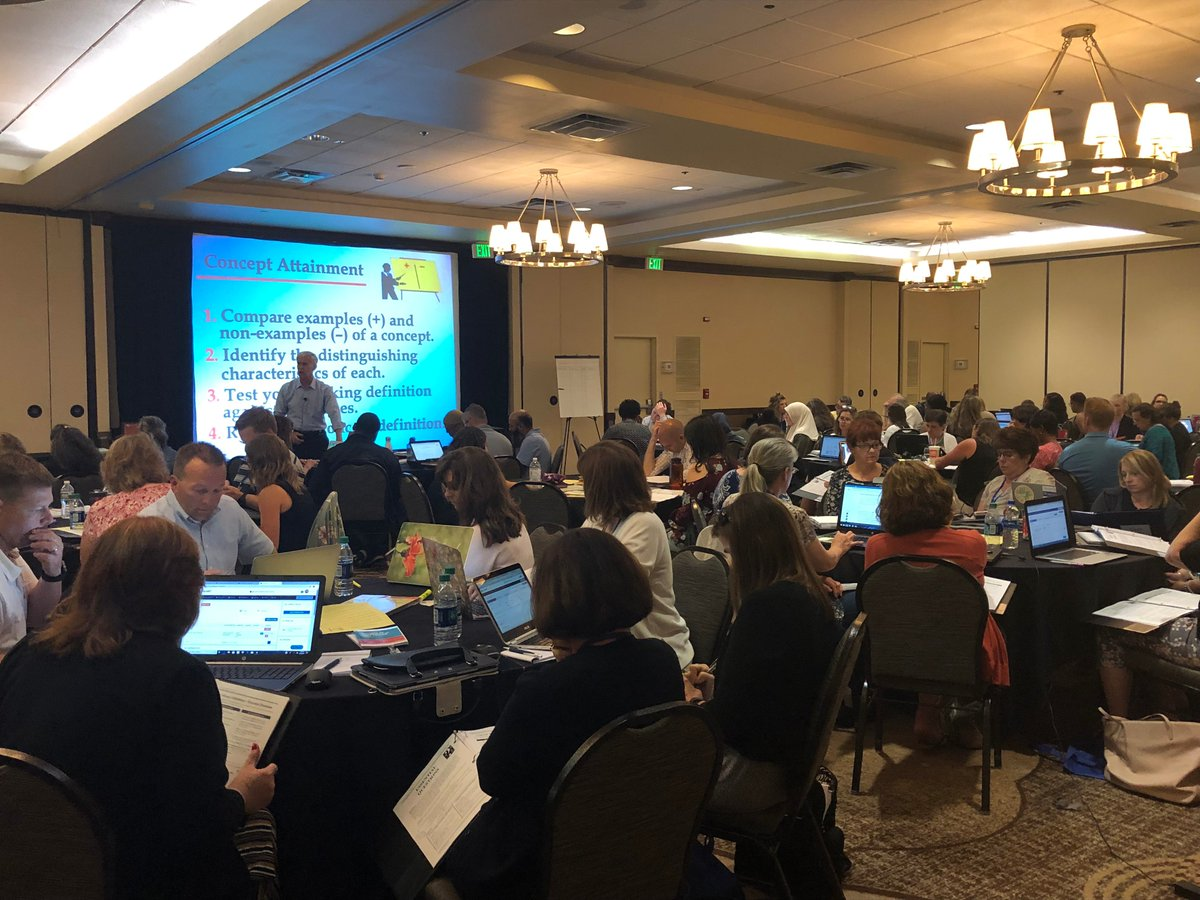 Educators learning how to develop #UbD units in our platform at @jaymctighe's UbD Summer Workshop. https://t.co/DRP03Sj6TT