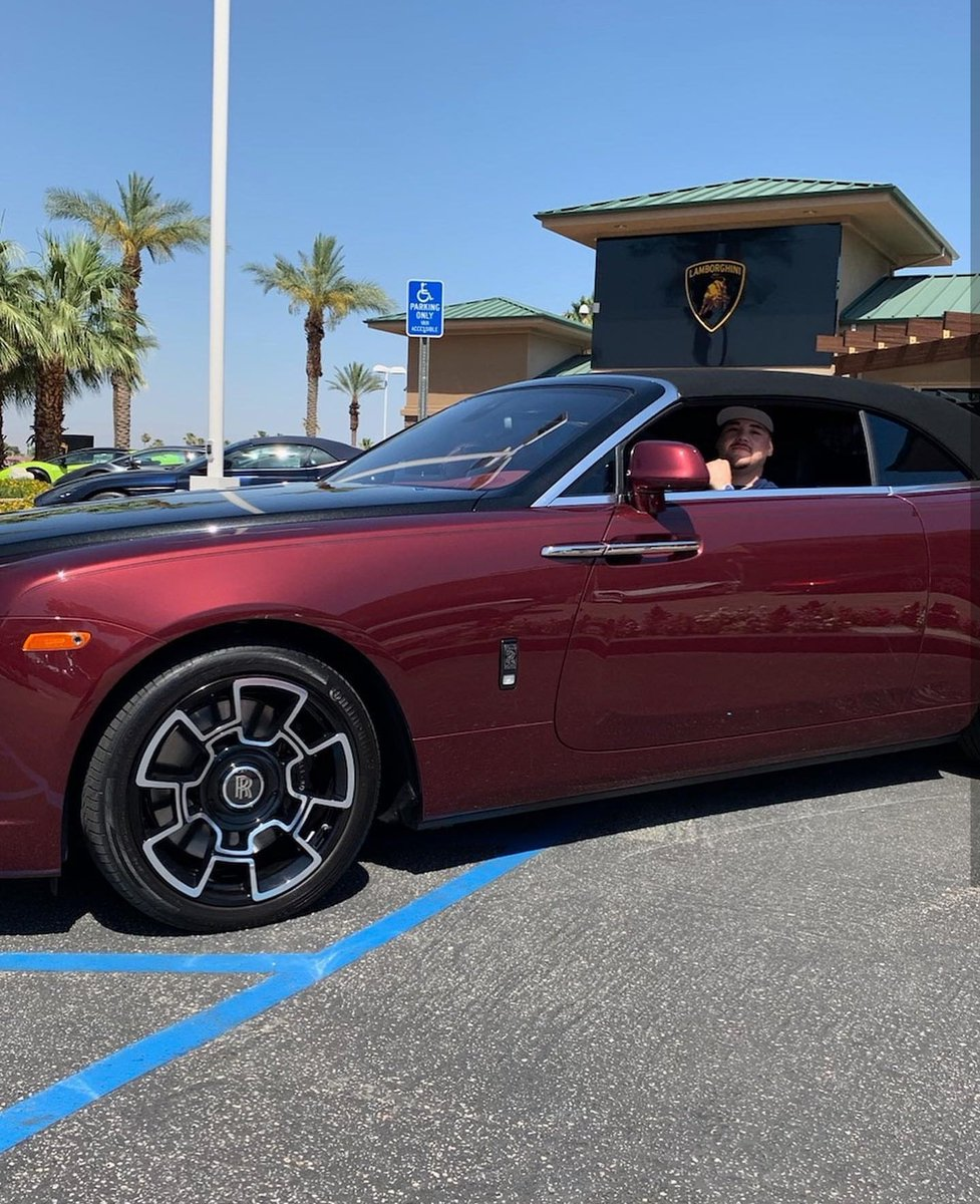 👑 Andy Ruiz enjoying that AJ success with a brand new $456,350 Rolls Royce. Well earned... 📱Insta: andy_destroyer13