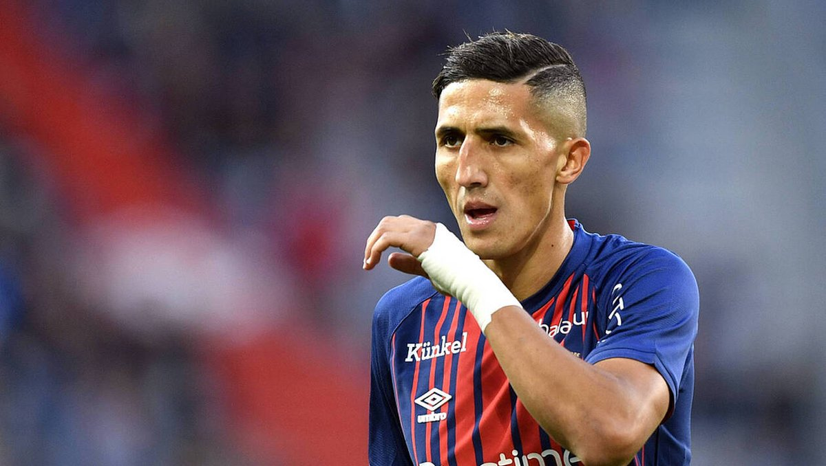 According to @lequipe, the club is interested by Fayçal Fajr. 🇲🇦#FCNantes #Ligue1 #Mercato