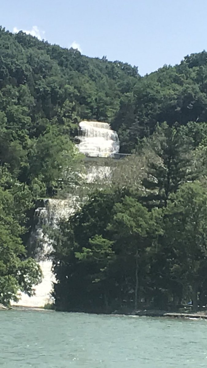 This is Hector Falls, on Seneca Lake in upstate NY. A great day to boating and enjoying life <br>http://pic.twitter.com/8KmiclncT5