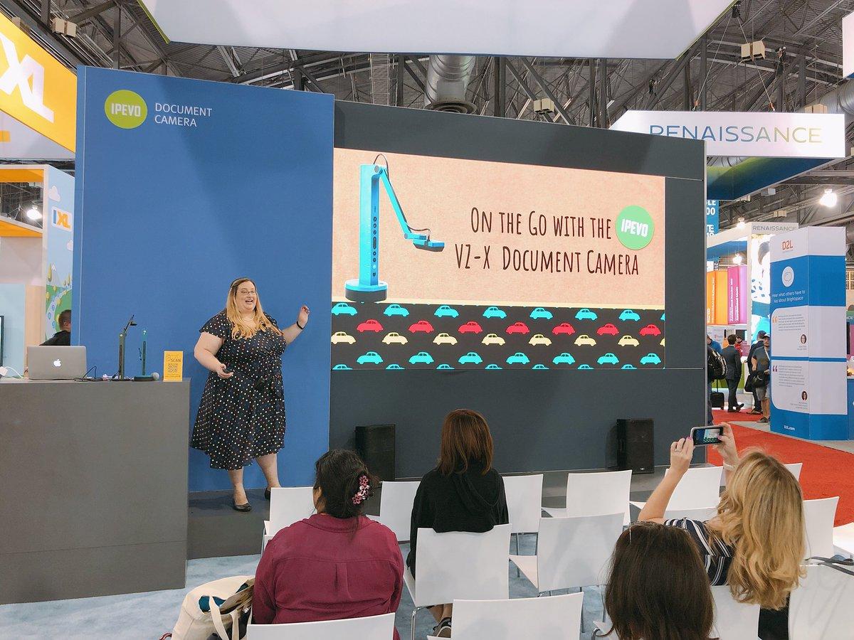 Yay! @KristinCHarr at IPEVO booth#2022! ##iste #ipevo #edtech
