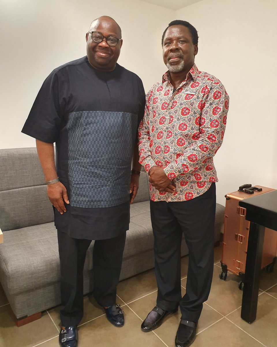 Just had a meeting with the man of God PROPHET T B JOSHUA after a very successful crusade he hosted in NAZARETH for two days running... Next, he is planning the biggest ever in Paris, come August... Stay tuned...