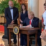 Honored to join President @realDonaldTrump for his executive order on healthcare transparency.  This is healthcare reform we needed! #txlege https://t.co/KEN1ABF6B5
