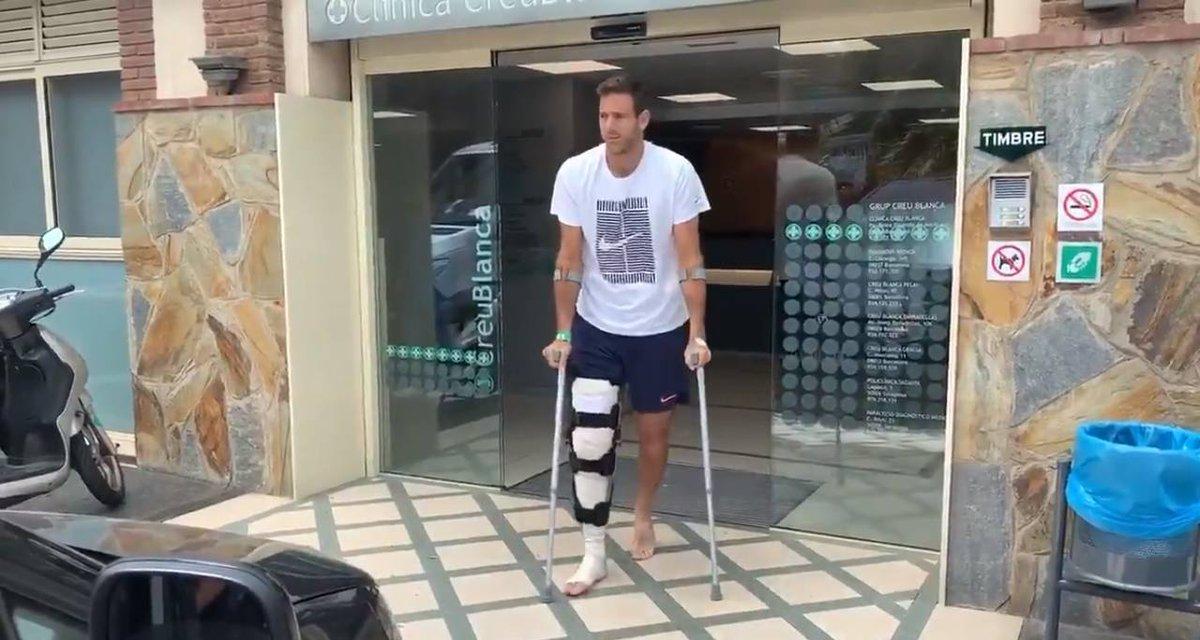#Tenis | Del Potro recibió el alta y dejó la clínica en muletas