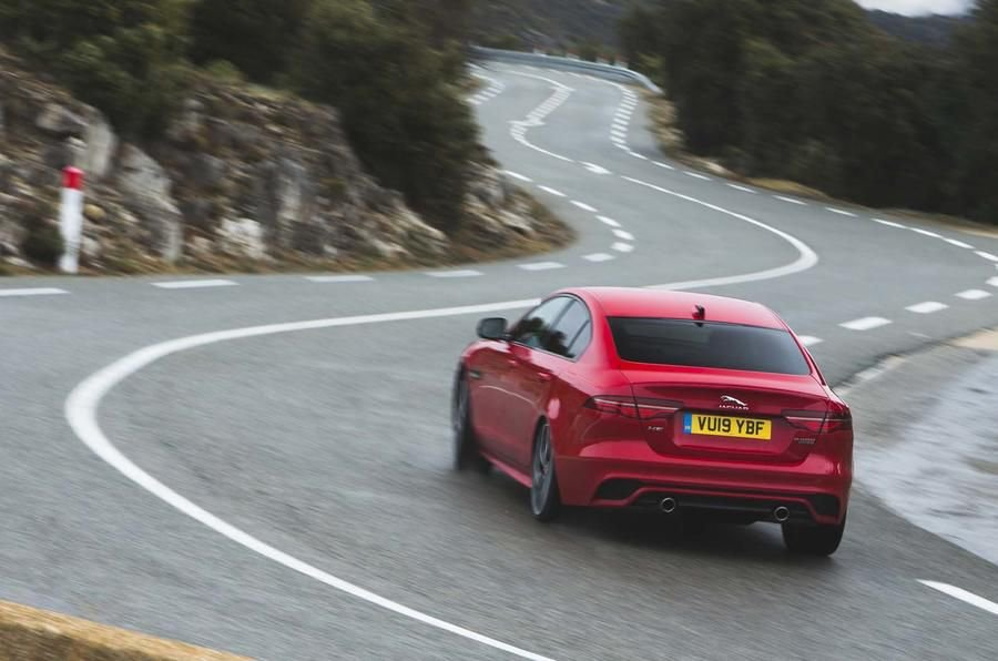The XE might not be selling as well as Jaguar hoped, but company bosses say that's just because people haven't driven it yet. More on this in this week's edition of Autocar confidential: https://buff.ly/2J2inAP