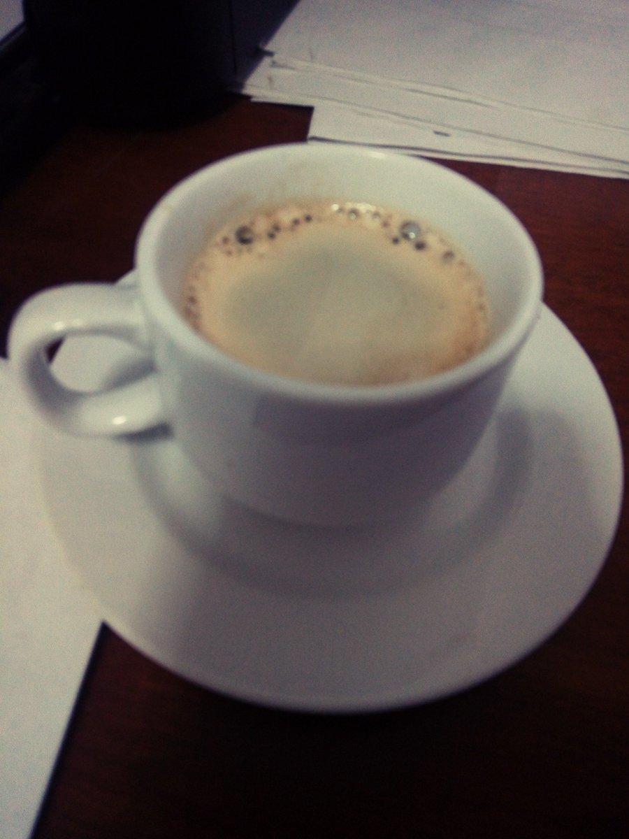 Notas de vida! #espresso #CafeEnMano #café #Coffee #coffeetime #world https://t.co/UESehEb6uf