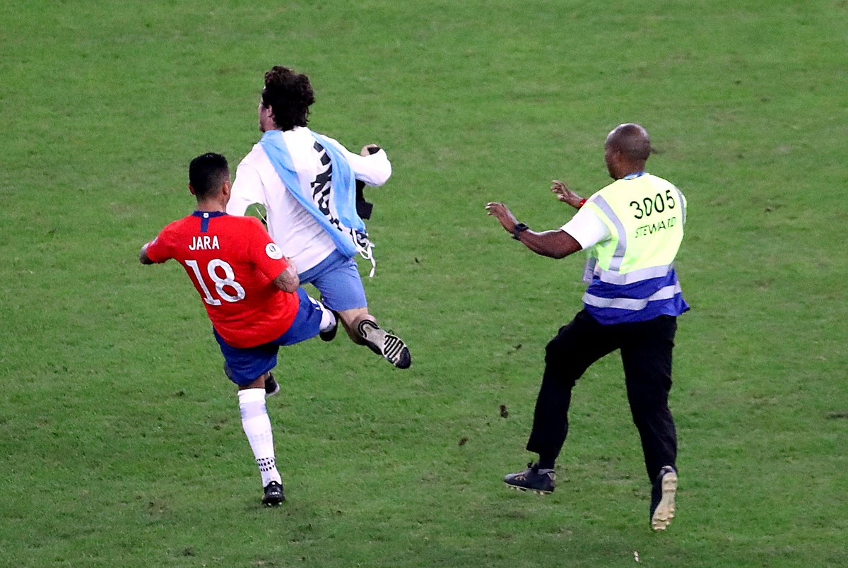 Копа Америка. Уругвай дожал Чили и избежал встречи с Колумбией в четвертьфинале - изображение 4