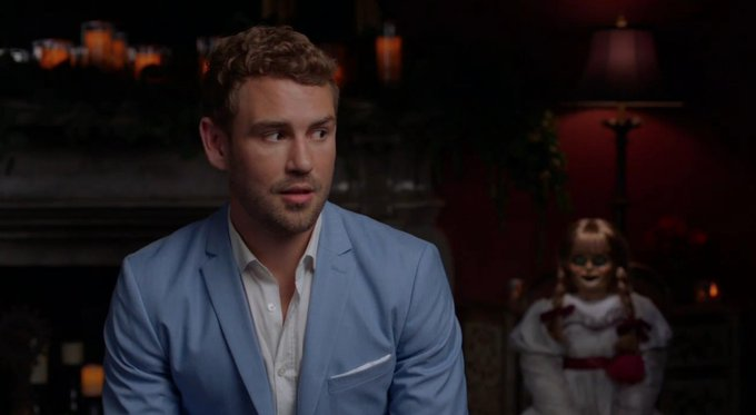 Nick Viall - Bachelor 21 - FAN Forum - Discussion #27 - Page 58 D93nU3gWwAEDRsV