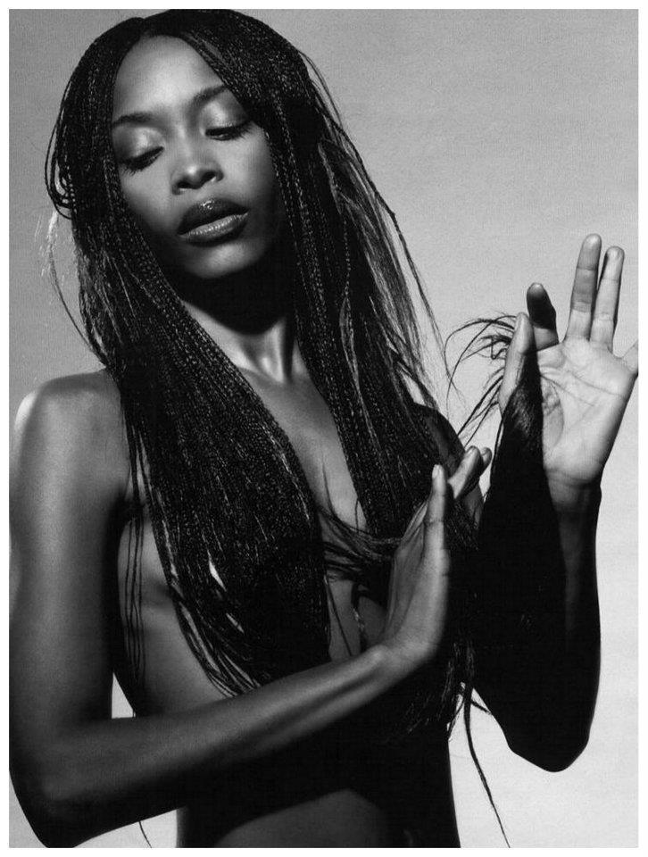 Видео девушка фото имена африканских певиц знаменитыми