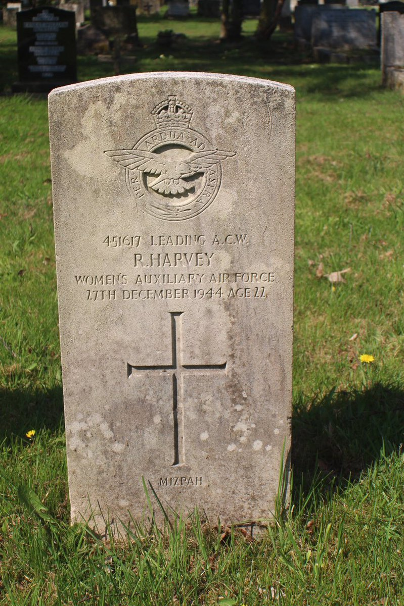 Ruth Harvey Leading Air Craft Woman (ACW) Women's Auxiliary Air Force Age 22 27 Dec 1944 Wife of Albert, Edward Harvey, West Wickham, Kent 'MIZPAH' - Watchtower #RememberedHere Cardiff, Cathay's Cemetery, along with 696 other @CWGC casualties.