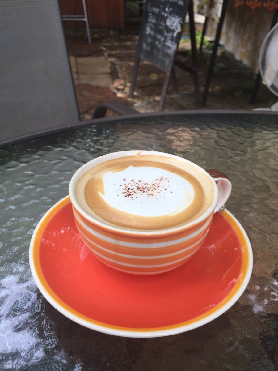 Time for a #coffee #cappuccino (@ หลบมุม in BKK) https://t.co/66QYACgdPm https://t.co/Q3un0mfJD3