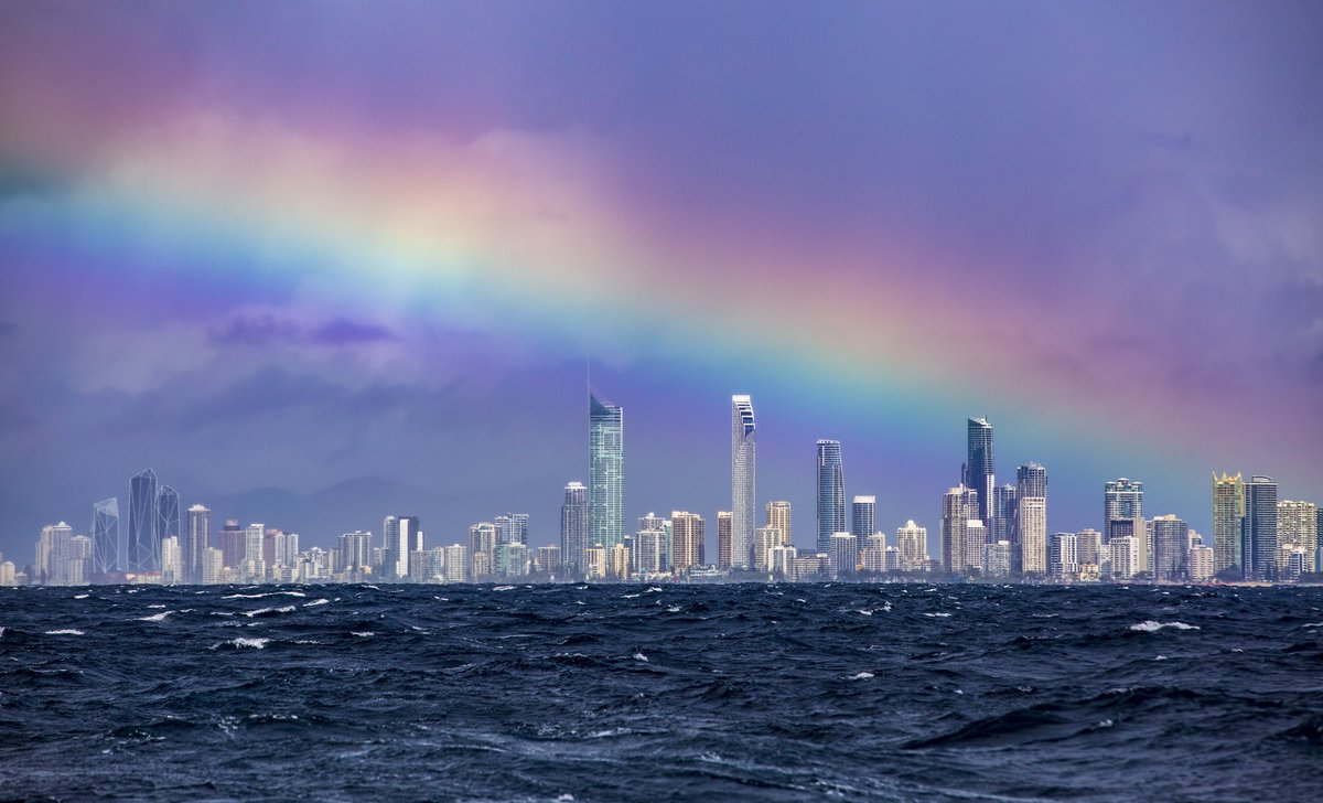 Went Whale watching today but Unfortunately not the best weather but for Rainbows  it was . #GoldCoast #stormhour<br>http://pic.twitter.com/3vVw1TAnzV