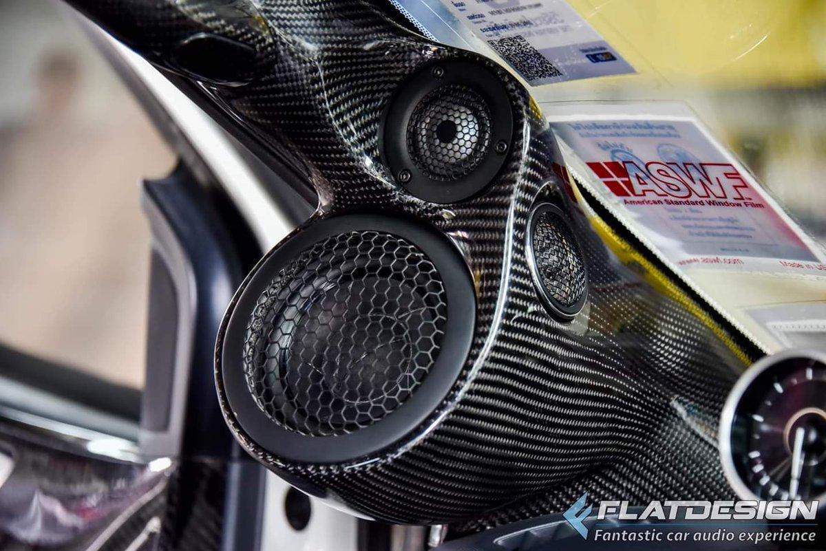 Dealer pictures 🙂  Scan-Speak Automotive Aftermarket installation by Flatdesign, Thailand 🇹🇭  Nice work 👍😁  #flatdesign #scanspeak #automotive #carspeakers