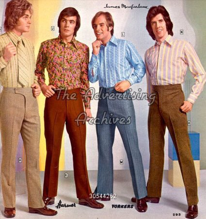 Have a great day everyone out there today 🇬🇧🇺🇸🌎. Playing 5 records today from 70s. Great era for music worst era for clothes ever. Big shirts & big ties. Tank top jumpers & bloody flared trousers. Worst of the lot platform shoes. Anyone else wear them or just me FFS.😂😂😂