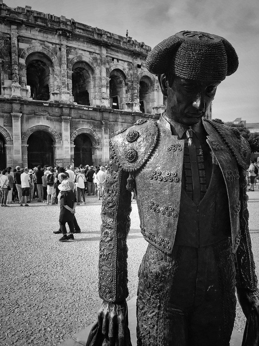 RT @basile25: Nimes, juin 2019  #nimes #arenesdenimes #PHOTOS #photonb #bw #photobw https://t.co/p3YJv2S4bZ