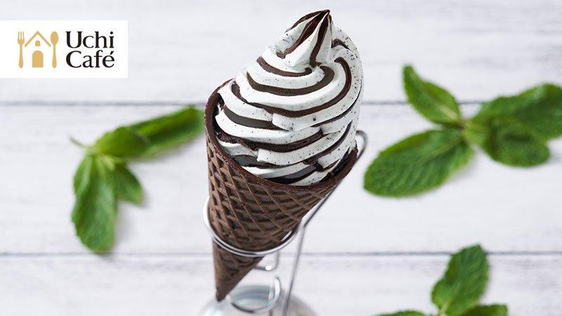 チョコミン党におススメの「チョコミントワッフルコーン」です♪ペパーミントのチョコミントアイスでさっぱりとしませんか(^^) #ローソン #ウチカフェ #ローソンスイーツ