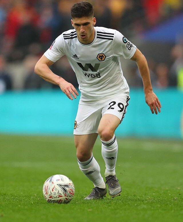Rúben Vinagre é um dos candidatos a substituir Ferland Mendy na lateral-esquerda d Olympique Lyonnais.
