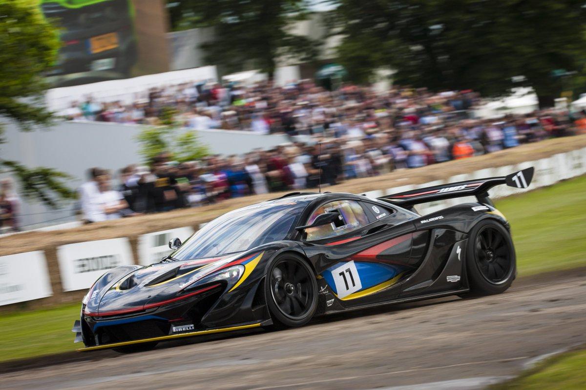 Will you spot your favourite @McLarenAuto? #FOS
