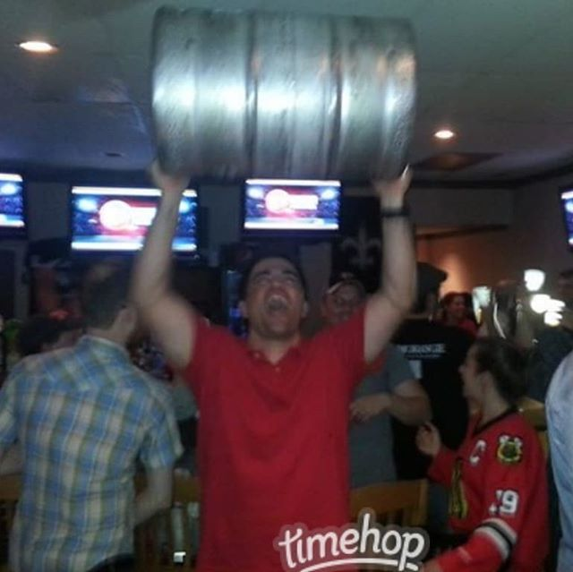 Yielding The #StanleyCup (or a #keg) in celebration. #goblackhawks bit.ly/2ZQTUFD