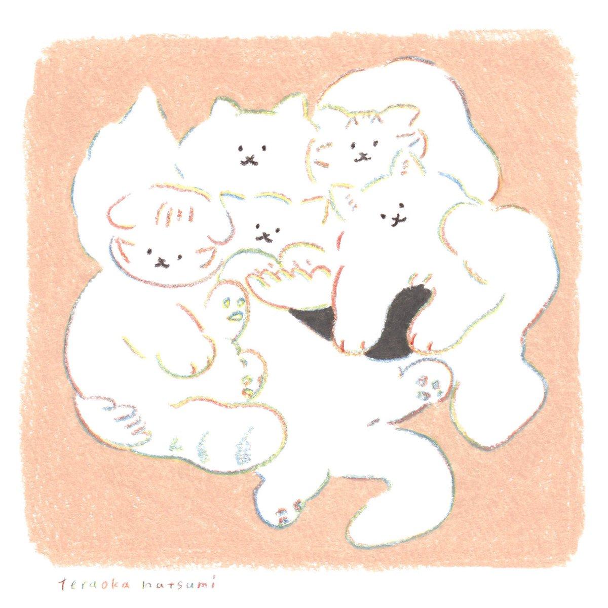 🐈お知らせ🐈 生地から作り、プリントにこだわる創業80年の老舗インナーメーカー あずやさんとTシャツを作りました。 着ごこちにこだわった 優しい肌触りのTシャツです。  ▽通販がはじまりました🐈🎐 ぎゅっと猫Tシャツ https://www.as-ya.jp/fs/asya/hitoeni/gn-8606-35-10… テーブルと猫Tシャツ https://www.as-ya.jp/fs/asya/hitoeni/tn-8606-35-10…