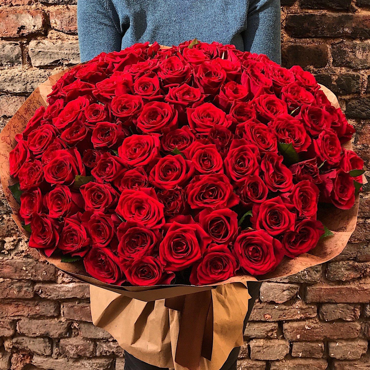 картинки с красными розами букеты большие вместе скорой