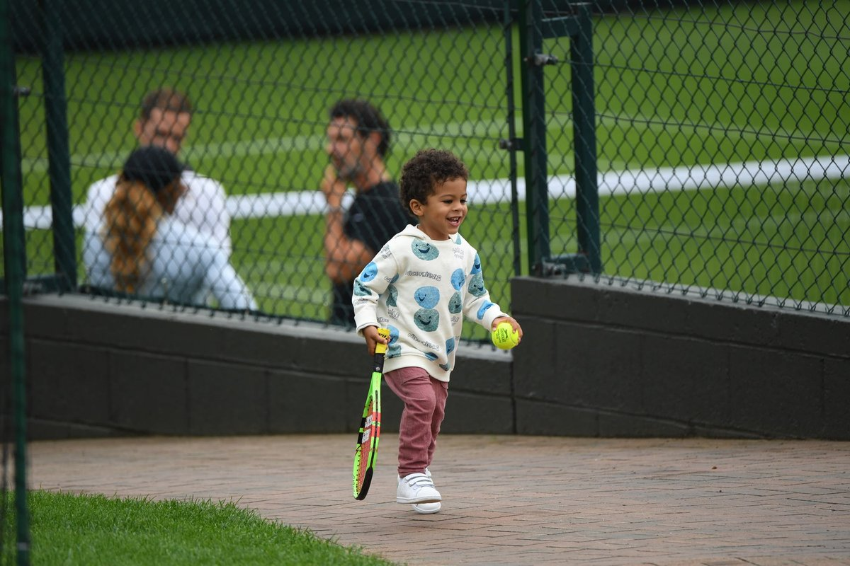 A day out for all the family down at our practice courts   #Wimbledon  <br>http://pic.twitter.com/HCNvIzesSB