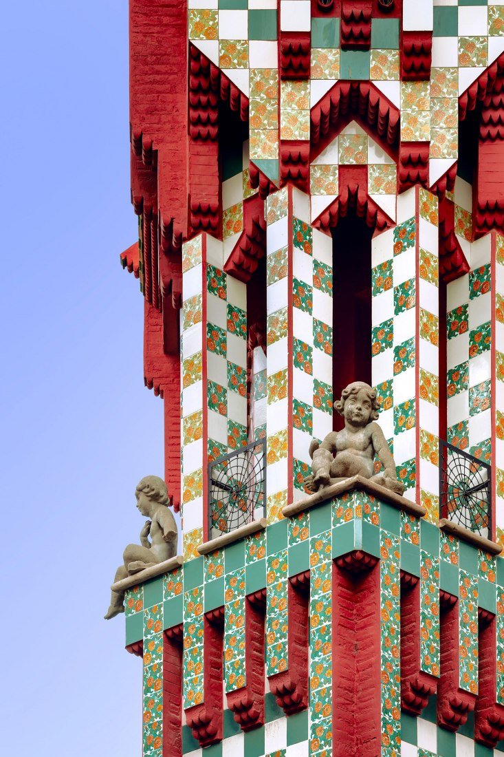 Details from Casa Vicens, by Gaudí.  Pics by @davidcardelus   #architecture https://t.co/cOgRI0BoQa