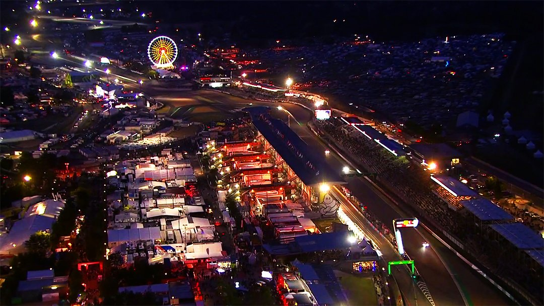 Have you ever seen a better view? 👀🌙  #LeMans24 #WEC #Magic #Motorsport #Racing #France