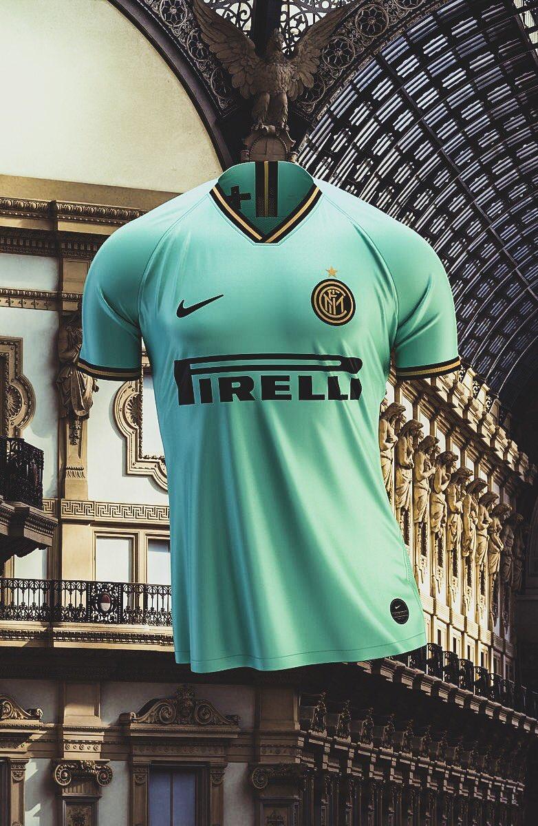 Le nouveau maillot Extérieur de l'Inter Milan. 🤩🤩