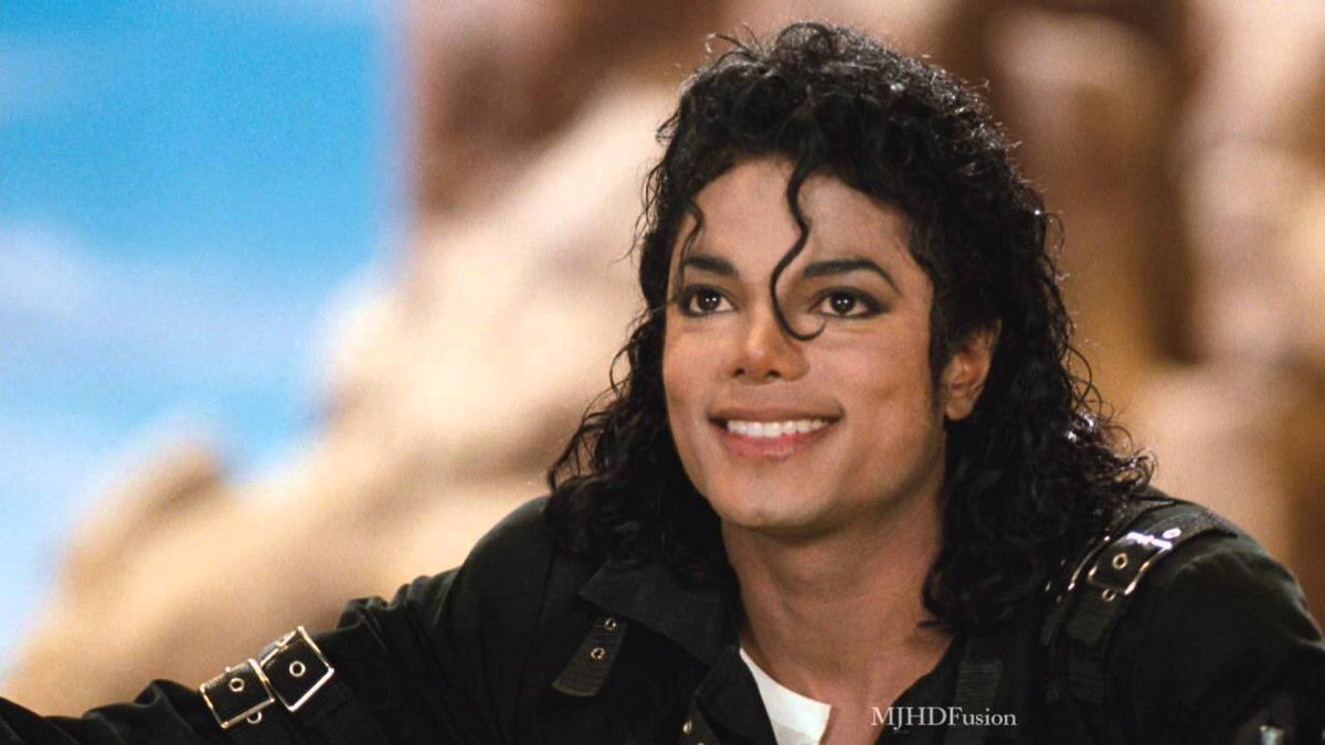 Damn it's been 10 years since this legend left . He was such an amazing ass artist and person who always wanted the best for everyone. I thank god for creating this angel and for the gift of his music and love he left on this world. Long Live Michael Jackson#RipMichaelJackson <br>http://pic.twitter.com/JOgs2cRVAr