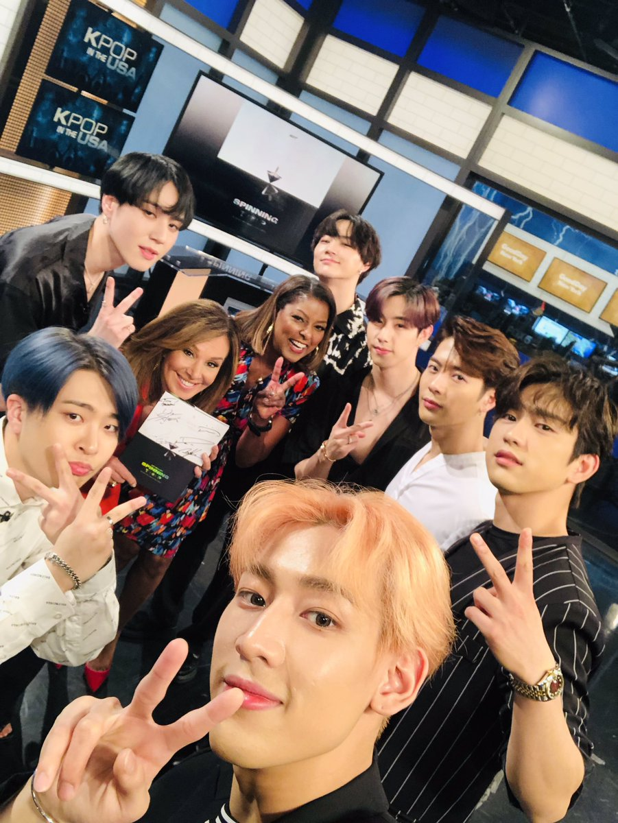 GOT7 2019 WORLD TOUR 'KEEP SPINNING' IN NEW YORK : WITH @Fox5ny GOOD DAY NEW YORK  Thank You! @rosannascotto @loristokes  #GOT7 #갓세븐 #GOT7_SPINNINGTOP #GOT7_BETWEEN_SECURITY_AND_INSECURITY #GOT7_ECLIPSE #GOT7WORLDTOUR #GOT7_KEEPSPINNING #GOT7onGDNY
