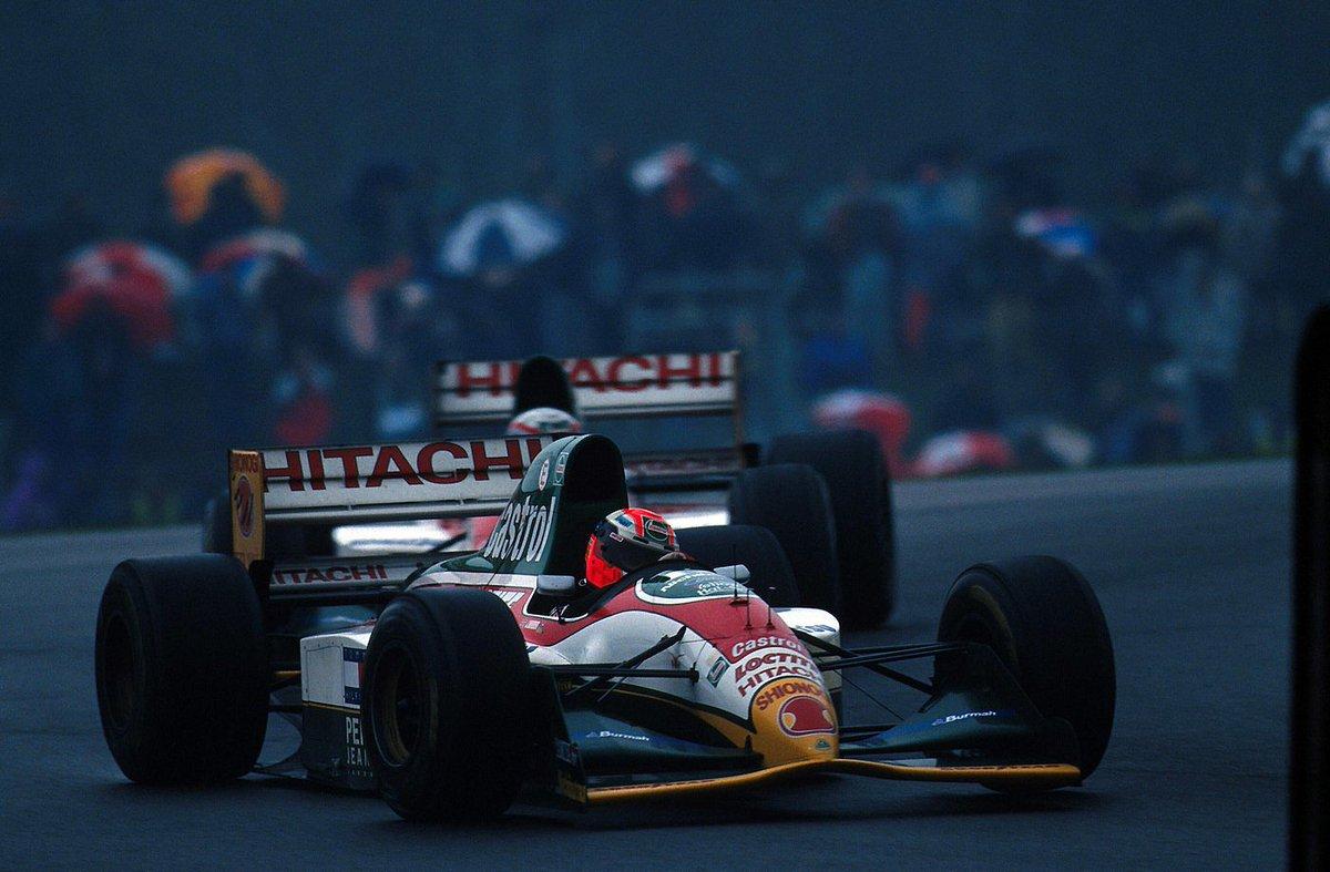 Johnny Herbert, Lotus 107B - Ford HBD6 3.5 V8. GP Donington Park 1993. #F1 <br>http://pic.twitter.com/Q6eyjmMRcx