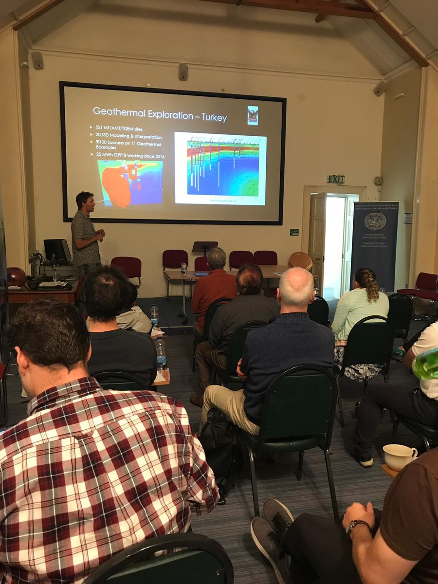 test Twitter Media - Anton Vetrov from @PhoenixGeoLTD is @DIASDunsink today showcasing their new magnetotelluric equipment to @dias_geophysics and collaborators. @DIAS_Dublin #DIASdiscovers https://t.co/ha1Nehrv1U