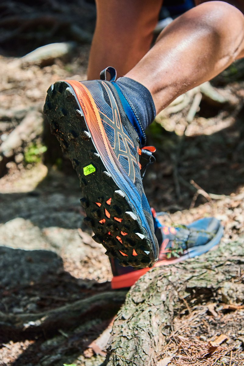 Sponsored. The GEL-FUJITRABUCO PRO, new from @ASICSUK, has a specifically engineered traction pattern on the sole, ideal for runners who enjoy steep, rocky, root-strewn trails. Discover the all-new innovation from ASICS now, available @sportsshoes_com. bit.ly/2X8wPBd