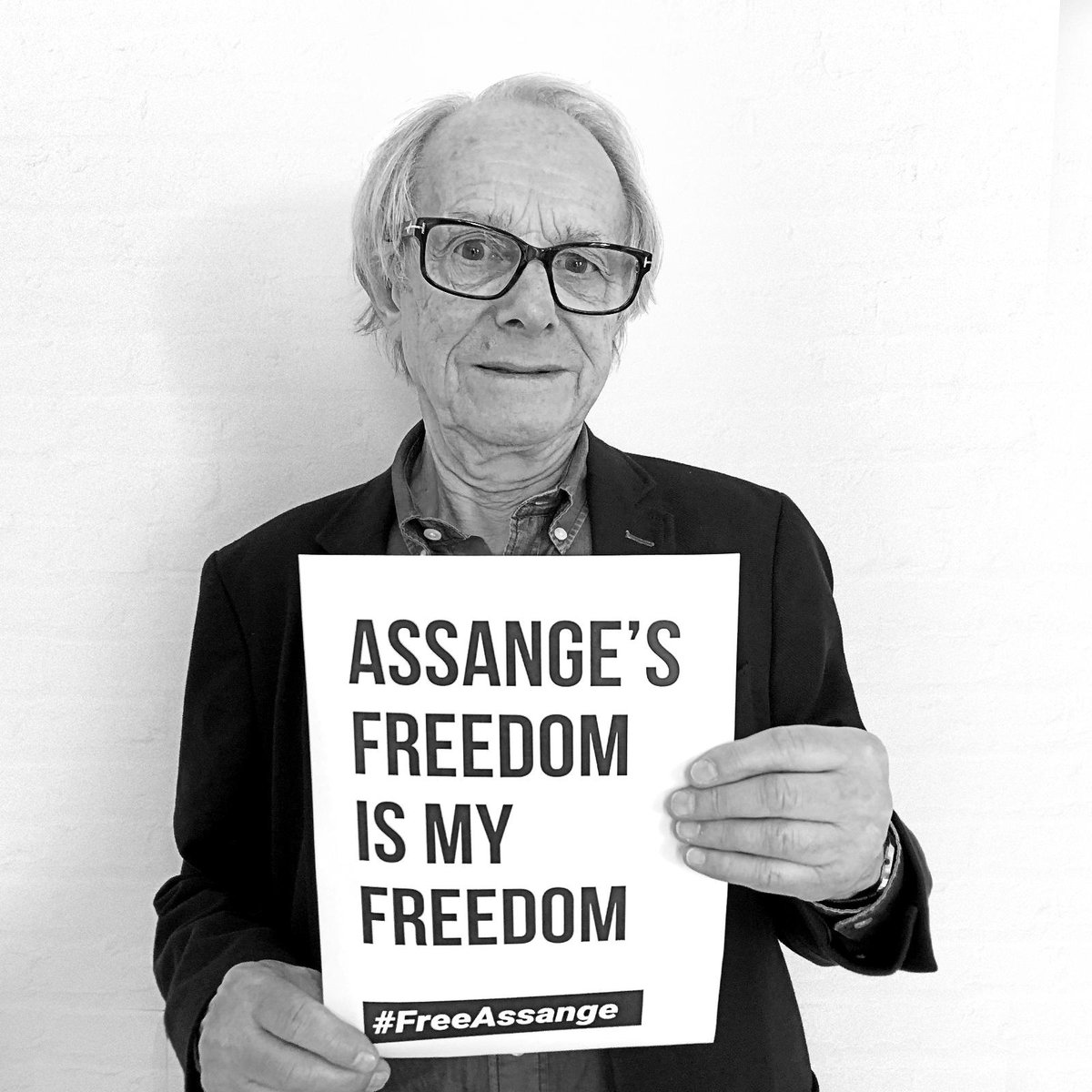 "Ο χρήστης Courage Foundation στο Twitter: ""Courage announces We Are  Millions, a global photo campaign in support of Julian Assange. MIA, Oliver  Stone, Ken Loach, Yanis Varoufakis, Alice Walker, & Slavoj Žižek"