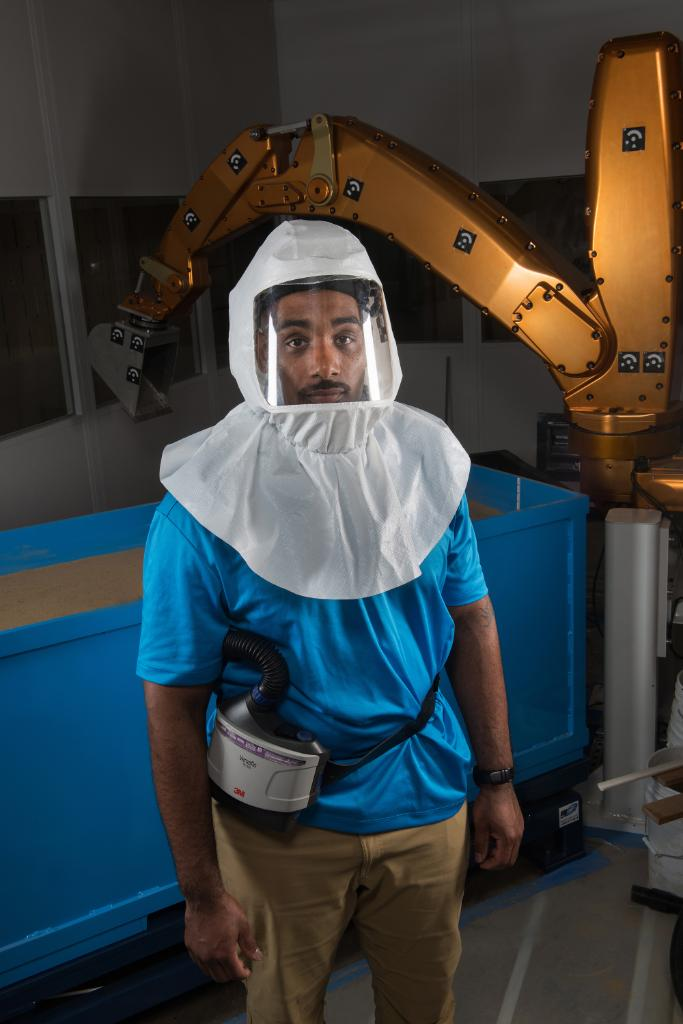 """Our new portrait series, """"Protecting Our People,"""" highlights engineers, researchers & scientists who need to suit up to protect themselves while they advance our work to go forward to the Moon. View the album and read their stories:  https://www. facebook.com/pg/NASAGlenn/p hotos/?tab=album&album_id=10157094630380943  …  #NationalSafetyMonth <br>http://pic.twitter.com/7vP5t9Dnxq"""
