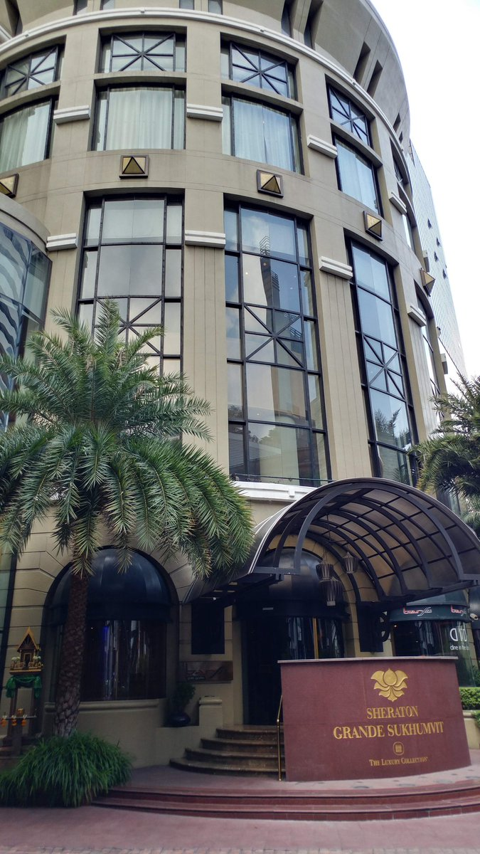 test ツイッターメディア - naoyaのオススメファイル 〜058〜  タイ バンコク シェラトングランデスクンビットラグジュアリーコレクション  アソーク駅&ターミナル21に直結した立地最強のホテル。ラグジュアリースイートにアップグレードされましたが、立地、部屋、プール、朝食、レストラン、総合的にバランス良くオススメ! https://t.co/nopKxXayyJ