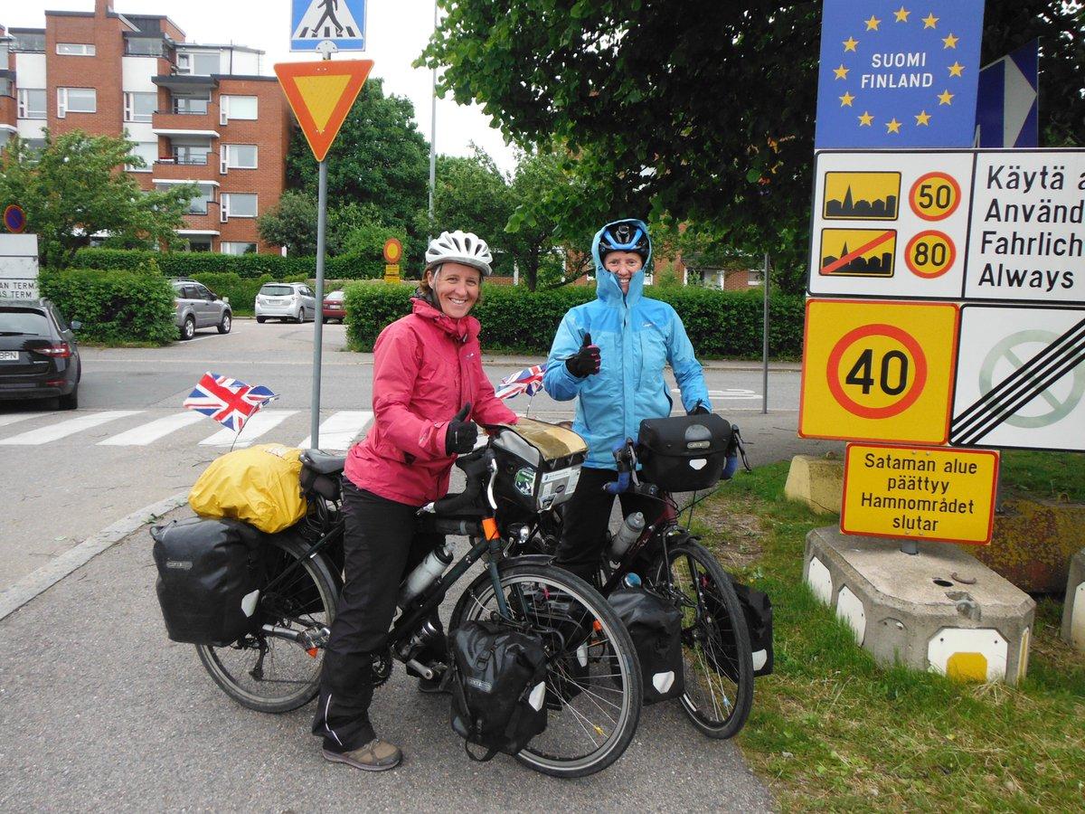 Debs & Jo cycling (@brakesandcakes) | Twitter