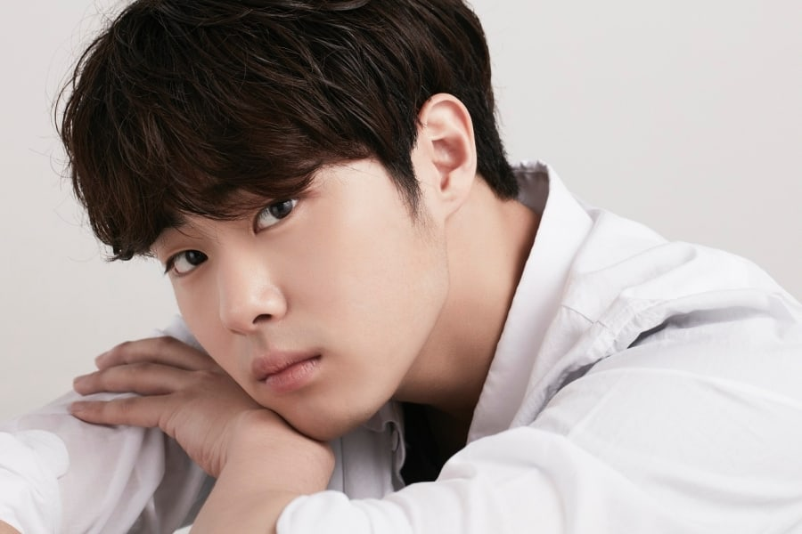 #JoByeongGyu To Join New Variety Show As Fixed Cast Member soompi.com/article/133456…